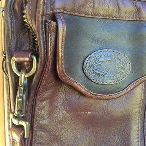 Men's Santa Fe LAND leather crossbody, zippers